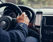 Man uses mobile app to assist driving
